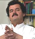 Ferhad Shakelí